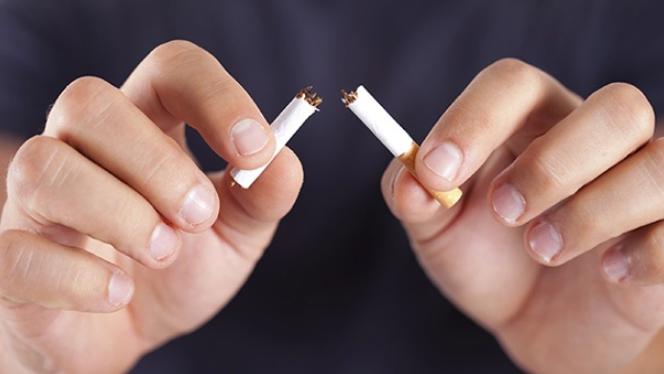 Werden die Zähne wieder weiß wenn man aufhört zu rauchen?